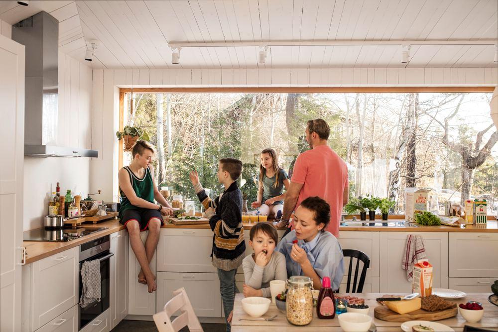 rodzina w kuchni