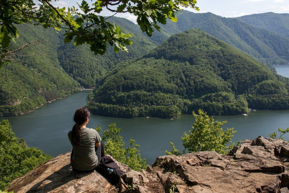 przełom rzeki w górach
