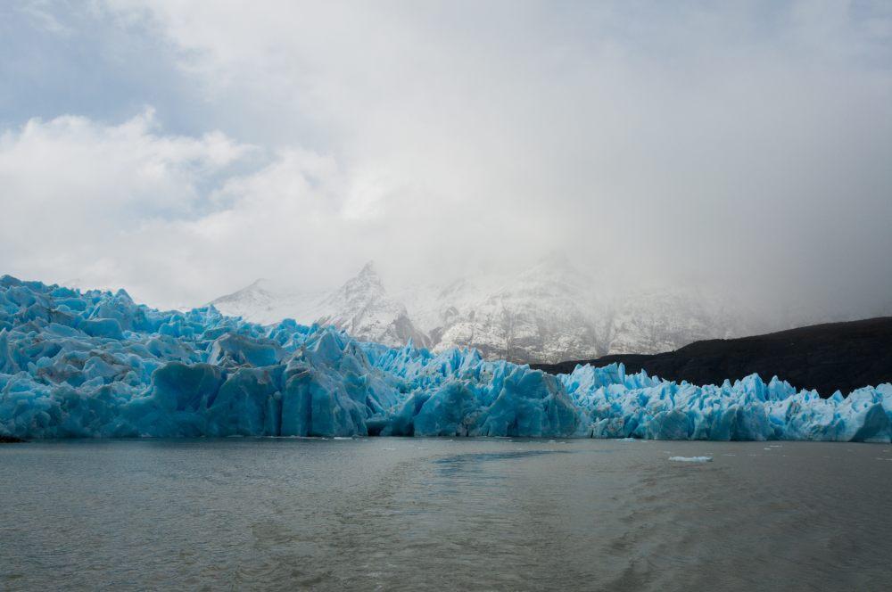 topniejący lodowiec w patagonii